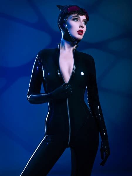 Cosplay: NEW 52 Catwoman is always welcome