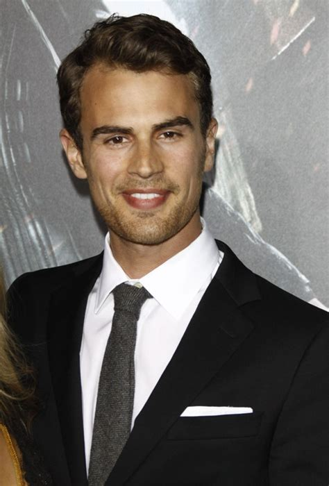 Theo James is Four in Divergent Lainey Gossip