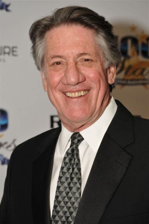 Former General Hospital Actor Stephen Macht Heads to Suits