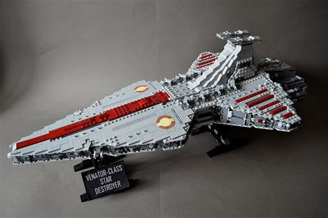 UCS-style Venator-class Star Destroyer from Revenge of the