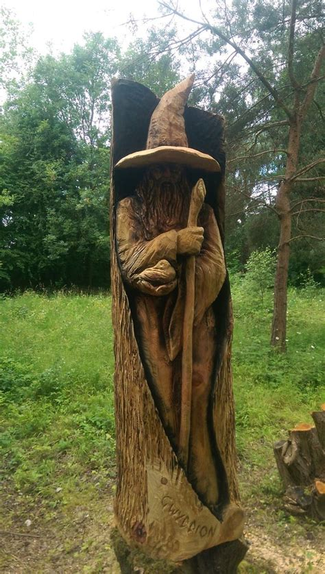 Detailed wooden sculptures carved using chainsaw