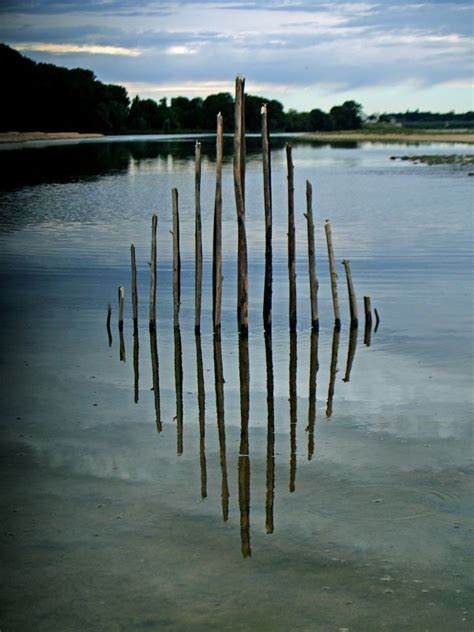 Symmetrical And Poetic Artworks Using Natural Elements