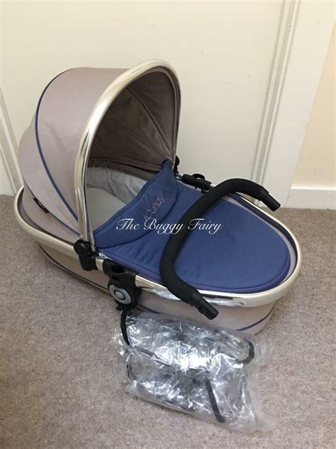 iCandy Peach Blossom Carrycot Azure ex display | in Stroud