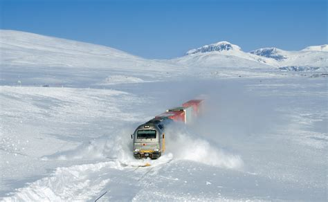 Best way to get to Tromso from Oslo / Trondheim - Tromso