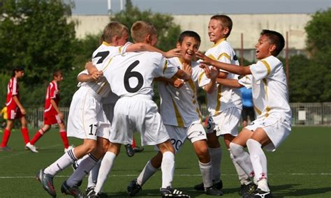 Study examines academic benefits of sports for middle
