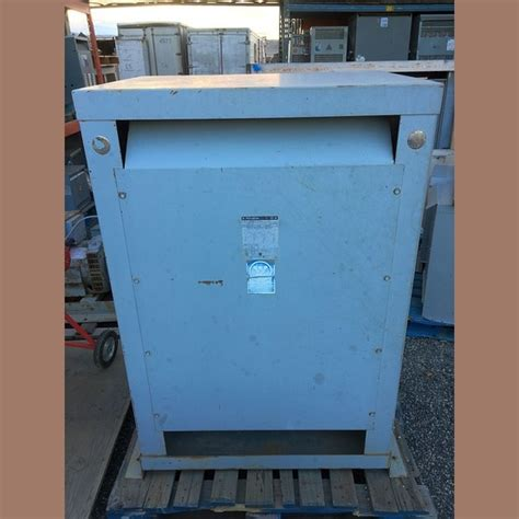 Used Westinghouse 300 kVA Transformer 600/120/208 For Sale